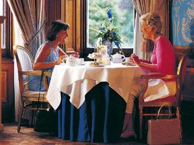 FIVE STAR TEA FOR TWO SERVED IN A LUXURY DARTMOOR HOTEL