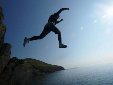 COASTEERING IN DEVON