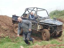 FULL DAY OFF ROAD 4X4 DRIVING EXPERIENCE NEAR CARDIFF