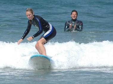 SURFING LESSON IN CORNWALL