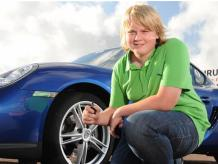 JUNIOR PORSCHE DRIVING EXPERIENCE