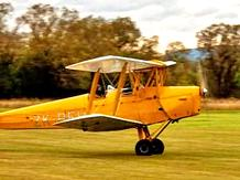 TIGER MOTH BI-PLANE FLYING EXPERIENCE 40 MINUTES